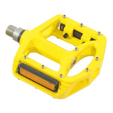 Qu-Ax Magnesium Pedals in Yellow