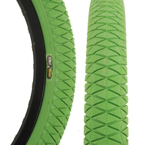 """Qu-Ax Freestyle Tyre 20"""" x 1.95"""" - Green"""