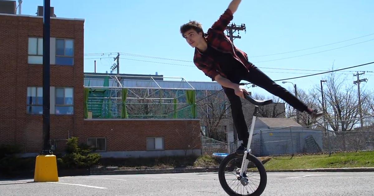 Confinement d'un monocycliste